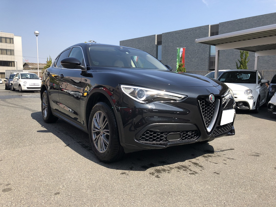 STELVIO 2.0 TURBO Q4 LUXURY PACKAGE
