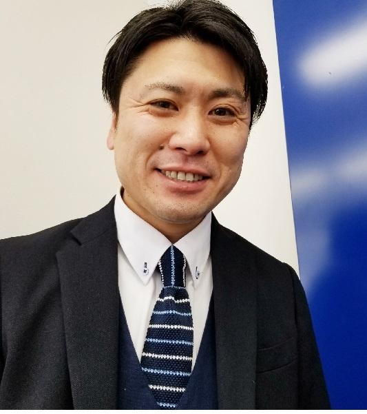 営業 民部田 聡