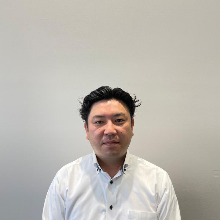 セールスマネージャー 鈴木 淳