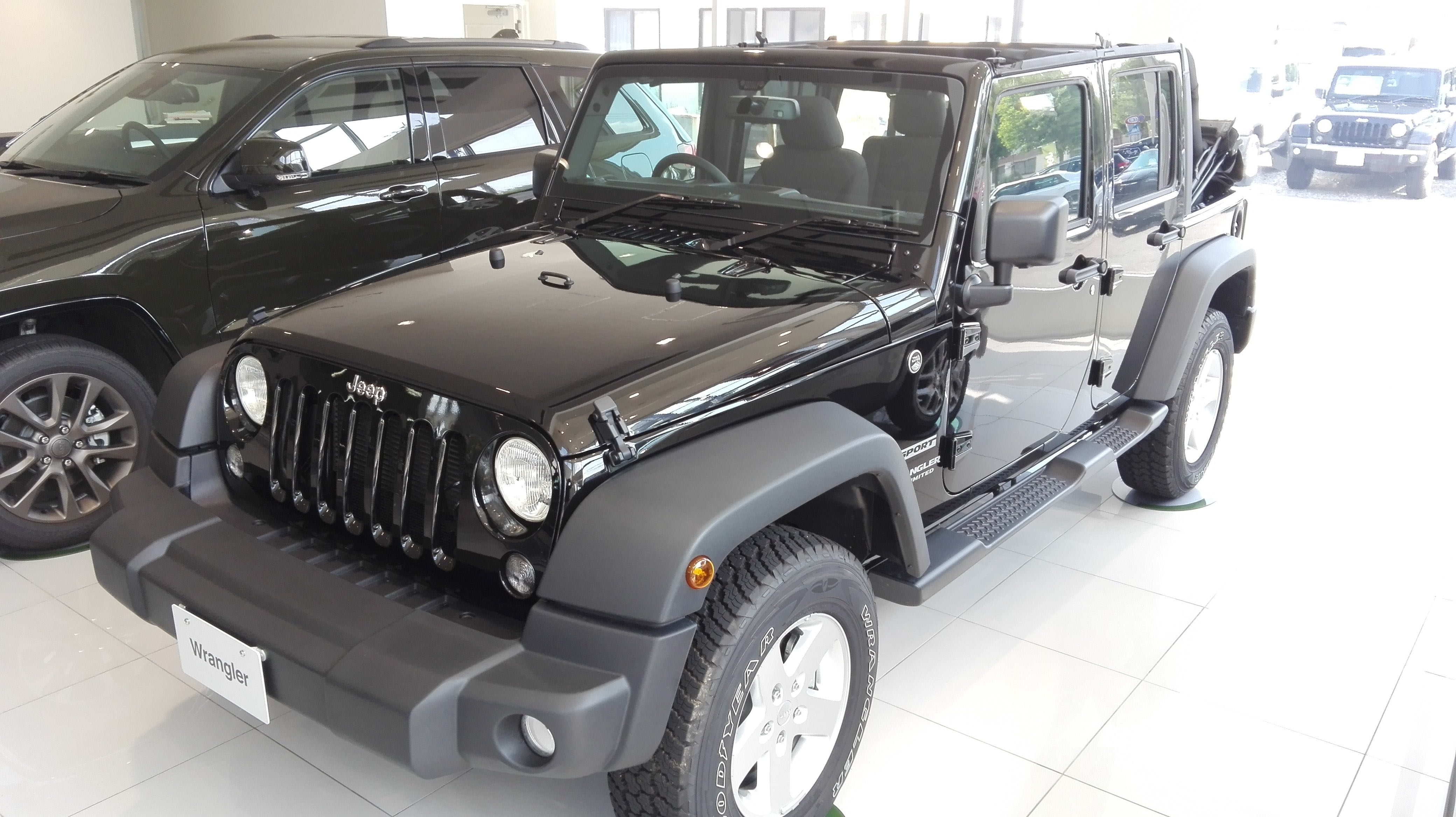 Wrangler Unlimited Sport Soft Top Edition