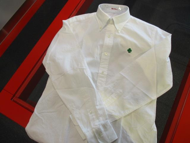 ボタンダウンシャツ(スリムフィット)