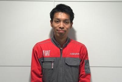 サービスアシスタント 安田 篤吉