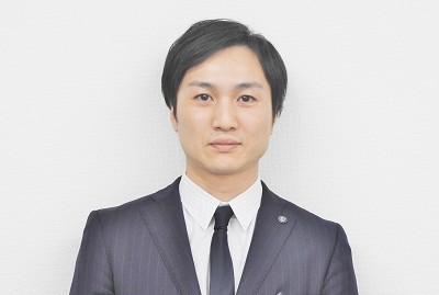 セールススタッフ 永岡 建吾