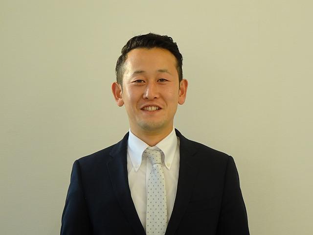 セールススタッフ 田羅間 竜太