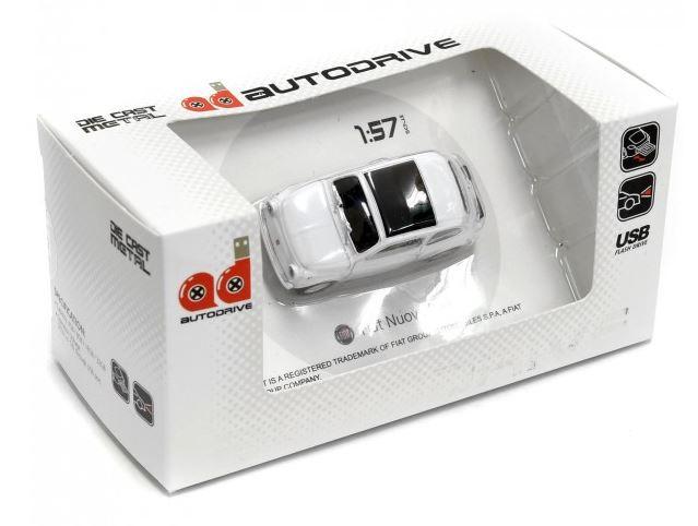 FIAT NUOVA 500USB 8GB