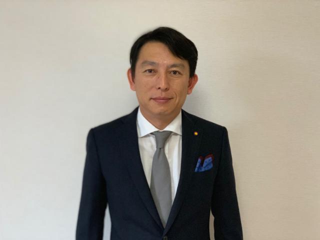セールススタッフ 長谷川 良太