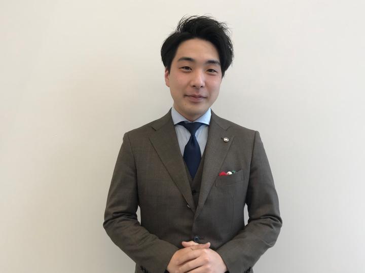 セールススタッフ 井口 貴晴