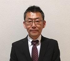 セールススタッフ 岡本 高一