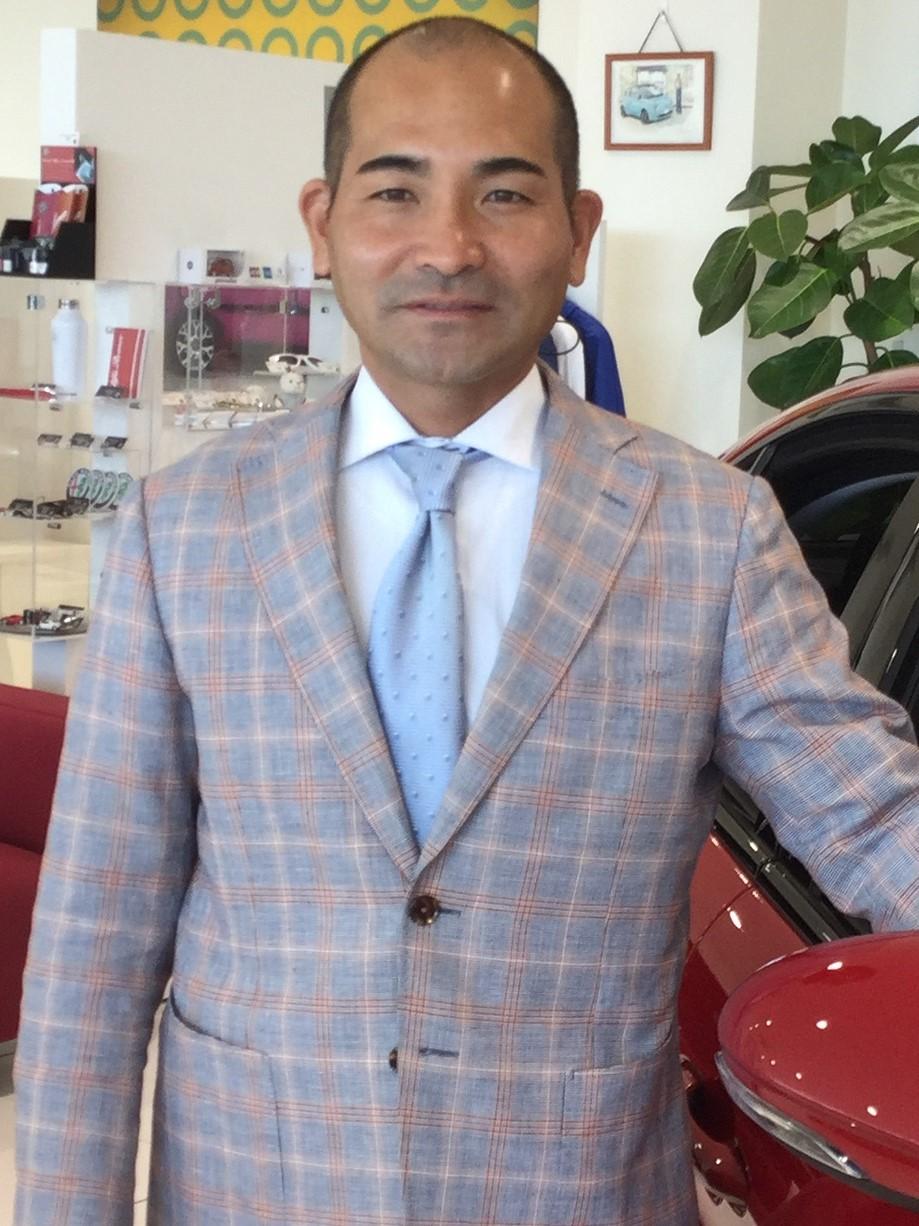副店長兼サービスマネージャー 富山 栄