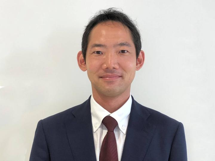 セールススタッフ 黒澤 覚