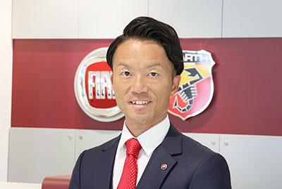セールススタッフ 岩井 佑介