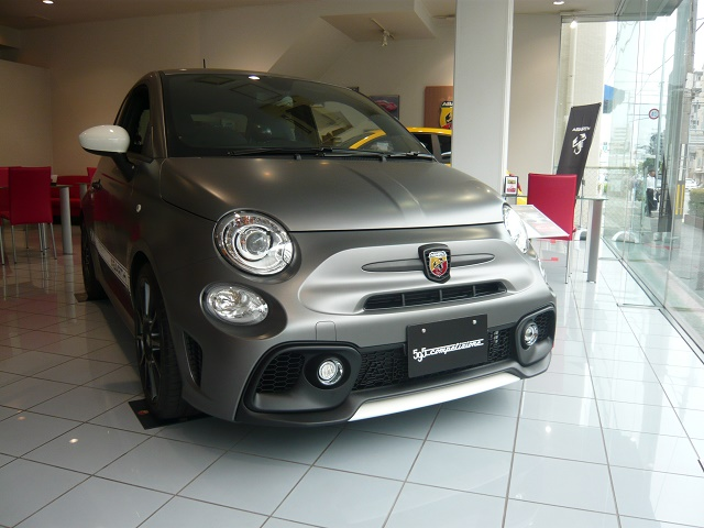 ABARTH 595 Competizione Performance PackageIII 展示中です。