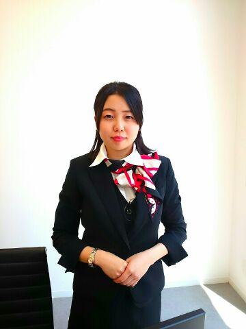 セールスアシスタント 岸田 涼子