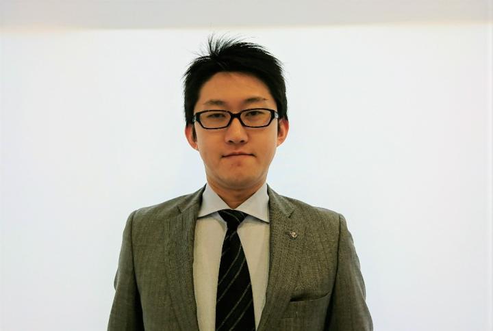 セールススタッフ 中谷 友徳<エキスパートセールス>