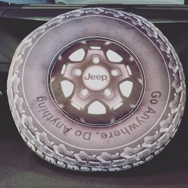 Jeep® Wrangler タイヤクッション