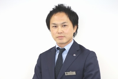 店長 佐藤 智也