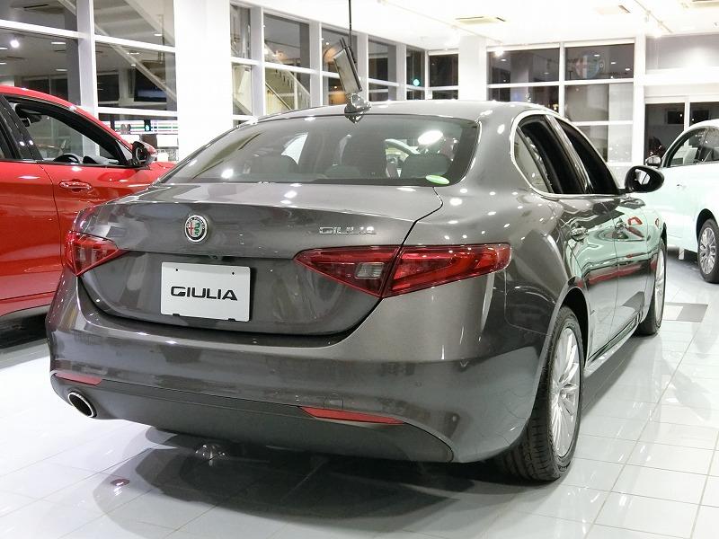GIULIA 2.0 TURBO (受注生産)