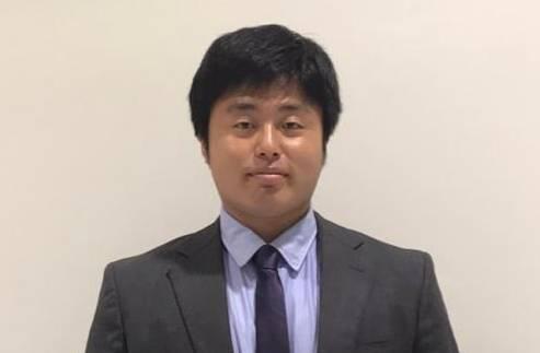 セールススタッフ 松井 遼